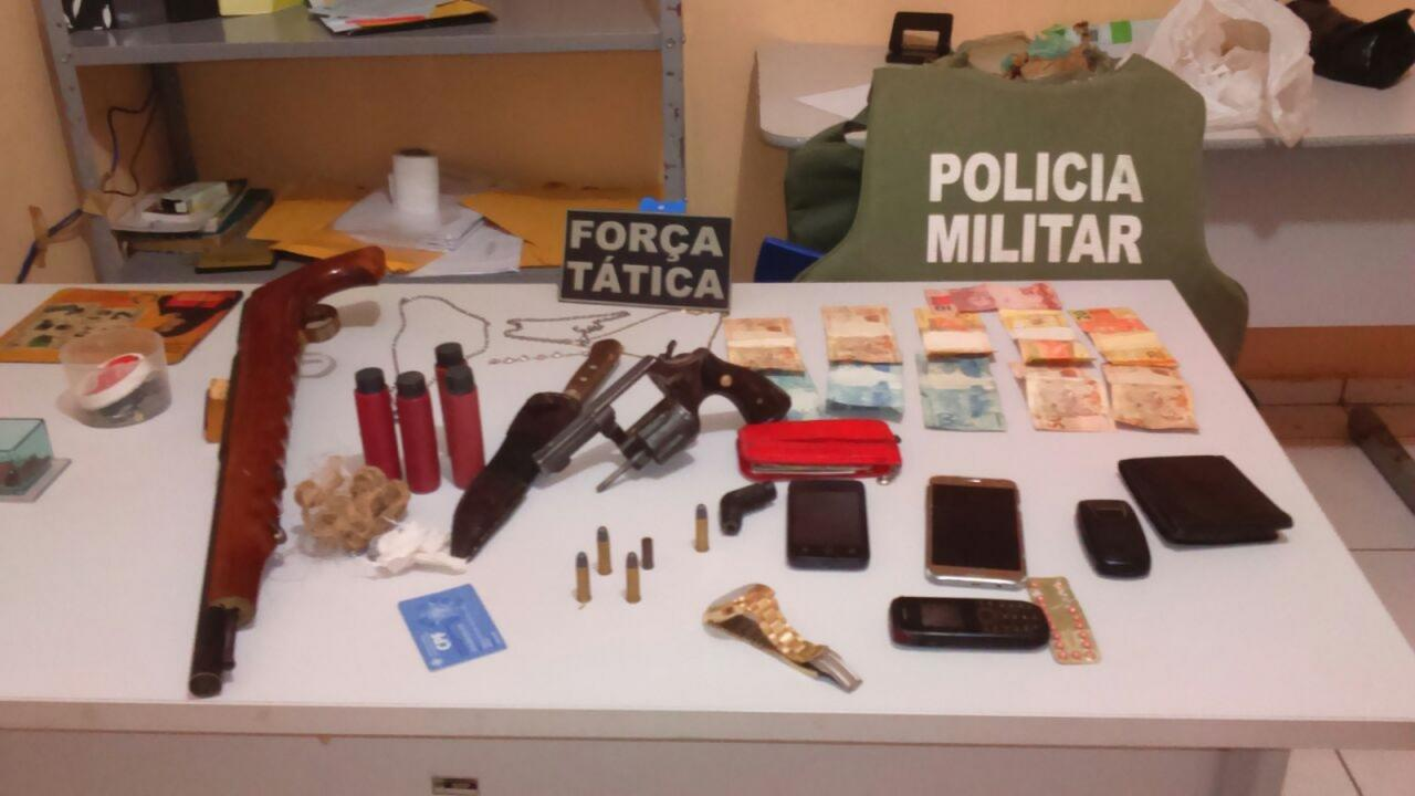 Quadrilha suspeita de explodir Correios de Porto é presa e parte do dinheiro recuperado