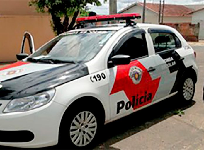 andidos assaltam agência dos Correios em Pardinho e fogem