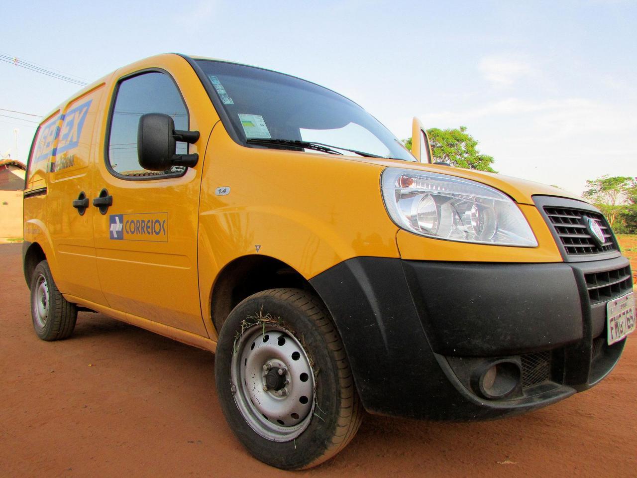 Carteiro é rendido e veículo dos Correios é roubado em Araçatuba
