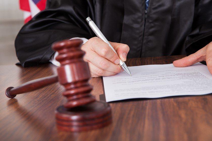 Notícias sobre Juiz barra reajuste abusivo dos Correios para empresas de comércio eletrônico