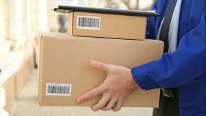 entregador caixas azul mão