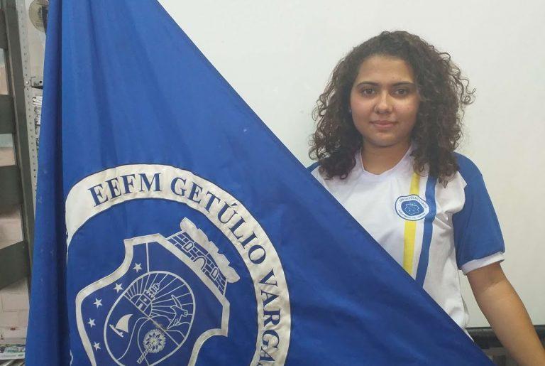 Cearense vence concurso internacional de cartas com homenagem às mulheres