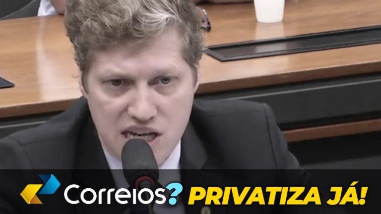 É preciso privatizar os Correios